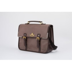 Majo no Tabitabi Elaina's Bag